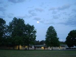 Flynn Primary School at dusk
